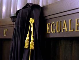 Scuola di Specializzazione per le prof. legali